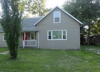 Foreclosed Home in Ottawa 66067 S ELM ST - Property ID: 4298769234