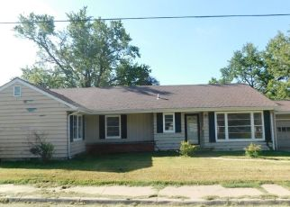 Foreclosed Home in Lyons 67554 W TAYLOR ST - Property ID: 4298789387