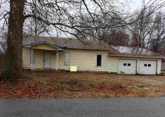 Foreclosed Home in Kingman 67068 W G AVE - Property ID: 4298799913
