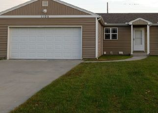 Foreclosed Home in Hutchinson 67502 W 32ND AVE - Property ID: 4298876548