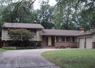 Foreclosed Home in Wichita 67206 N STRATFORD LN - Property ID: 4298895376