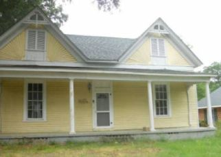 Foreclosed Home in Hartwell 30643 S JACKSON ST - Property ID: 4299037280