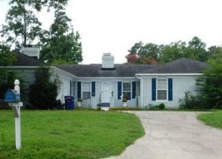 Foreclosed Home in Kinston 28504 SABRA DR - Property ID: 4299125310