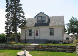 Foreclosed Home in Rawlins 82301 NIEMAN ST - Property ID: 4299175238