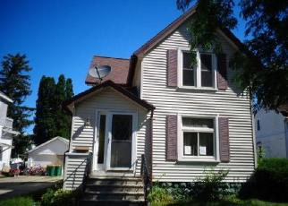 Foreclosed Home in Fond Du Lac 54935 E 12TH ST - Property ID: 4299226487