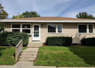 Foreclosed Home in Milwaukee 53219 W STACK DR - Property ID: 4299275994