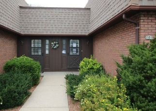 Foreclosed Home in Grafton 53024 W OAK ST - Property ID: 4299284745