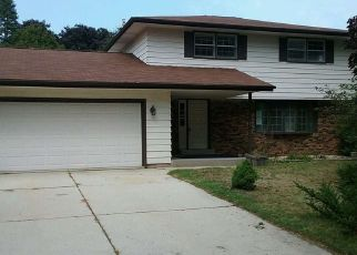 Foreclosed Home in Sheboygan 53081 CARMEN AVE - Property ID: 4299285170