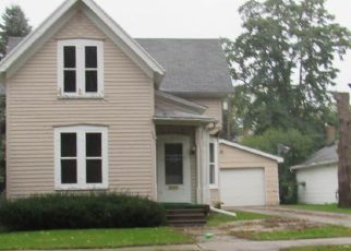 Foreclosed Home in De Pere 54115 N MICHIGAN ST - Property ID: 4299296118