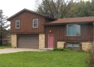 Foreclosed Home in Hartford 53027 E MONROE AVE - Property ID: 4299302700