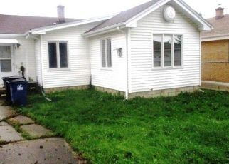 Foreclosed Home in Racine 53403 GILSON ST - Property ID: 4299321526