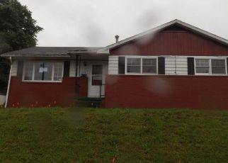 Foreclosed Home in Morgantown 26501 WESTERN AVE - Property ID: 4299333351