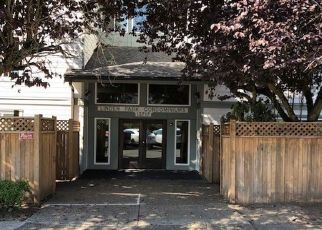 Foreclosed Home in Seattle 98133 LINDEN AVE N - Property ID: 4299349111
