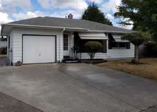 Foreclosed Home in Vancouver 98660 THOMPSON AVE - Property ID: 4299360963