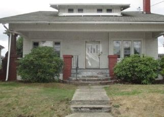 Foreclosed Home in Tacoma 98409 S PUGET SOUND AVE - Property ID: 4299436723