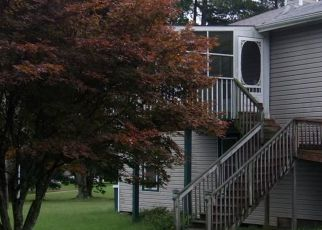 Foreclosed Home in Victoria 23974 POORHOUSE RD - Property ID: 4299508546
