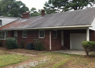 Foreclosed Home in Hayes 23072 PINE LN - Property ID: 4299548847
