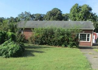Foreclosed Home in Portsmouth 23701 HODGES FERRY RD - Property ID: 4299600972
