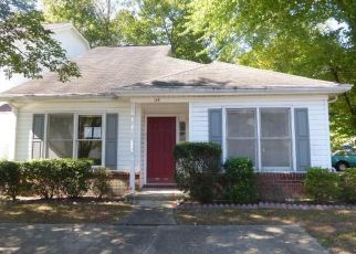Foreclosed Home in Yorktown 23692 BARN SWALLOW RDG - Property ID: 4299620220