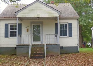 Foreclosed Home in South Boston 24592 MOORE ST - Property ID: 4299628550