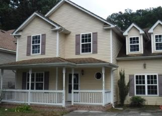 Foreclosed Home in Chesapeake 23325 ELDER AVE - Property ID: 4299635560