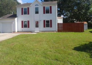 Foreclosed Home in Newport News 23608 MAINSAIL DR - Property ID: 4299638629