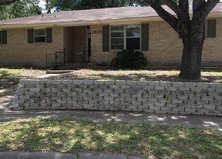 Foreclosed Home in Beeville 78102 PALO BLANCO CIR - Property ID: 4299683290