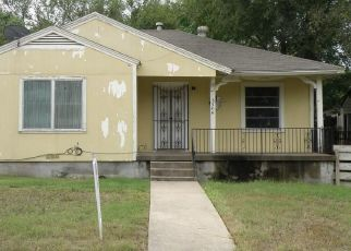 Foreclosed Home in Dallas 75211 SHELLEY BLVD - Property ID: 4299698629