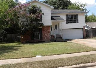 Foreclosed Home in Katy 77450 GRAND JUNCTION DR - Property ID: 4299716587