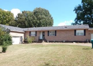Foreclosed Home in Memphis 38128 HOBSON RD - Property ID: 4299985498