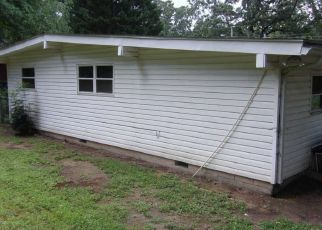 Foreclosed Home in Chattanooga 37415 CLERMONT DR - Property ID: 4299995576