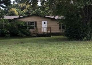 Foreclosed Home in Millington 38053 RIVERCHASE DR - Property ID: 4300015274