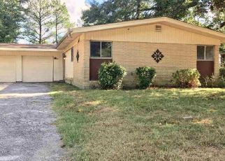 Foreclosed Home in Memphis 38128 MERRITT ST - Property ID: 4300030164