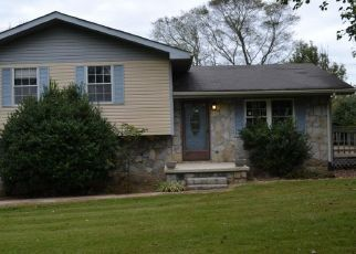 Foreclosed Home in Whitwell 37397 PARK CIR - Property ID: 4300031938