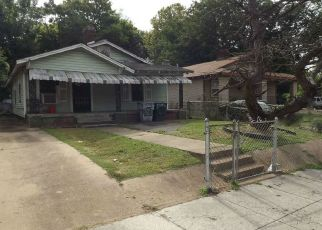Foreclosed Home in Memphis 38106 LATHAM ST - Property ID: 4300033684