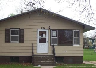 Foreclosed Home in Watertown 57201 7TH ST NE - Property ID: 4300037170