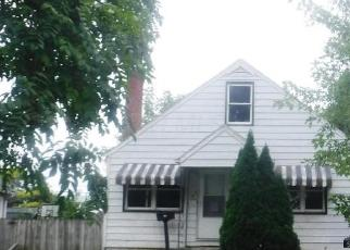Foreclosed Home in Columbus 43223 WHITETHORNE AVE - Property ID: 4300252218