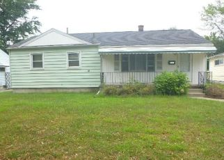 Foreclosed Home in Toledo 43613 SANDRA DR - Property ID: 4300263616