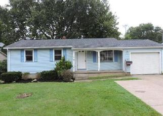 Foreclosed Home in Youngstown 44511 WILSHIRE DR - Property ID: 4300295139