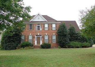 Foreclosed Home in Statesville 28677 FOX DEN CIR - Property ID: 4300505822