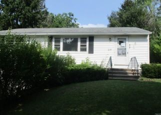 Foreclosed Home in Syracuse 13205 WALRATH RD - Property ID: 4300515895