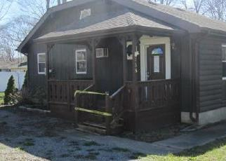 Foreclosed Home in Ronkonkoma 11779 MAGUA ST - Property ID: 4300520711