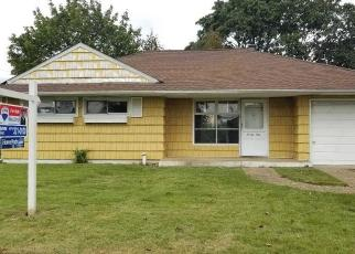 Foreclosed Home in Hicksville 11801 HEWITT ST - Property ID: 4300521133