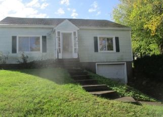 Foreclosed Home in Oswego 13126 NIAGARA ST - Property ID: 4300564948