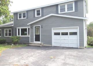 Foreclosed Home in Camillus 13031 VANIDA DR - Property ID: 4300569763