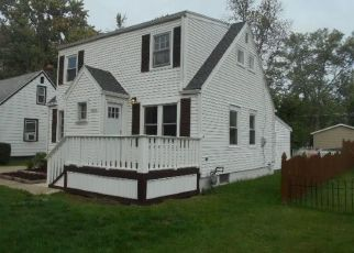 Foreclosed Home in Grand Island 14072 WALLACE DR - Property ID: 4300571508