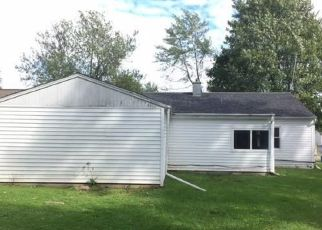 Foreclosed Home in Waterloo 13165 CARLTON RD - Property ID: 4300601282