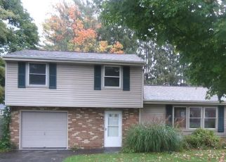 Foreclosed Home in Cicero 13039 GLENDORA RD - Property ID: 4300651211