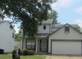 Foreclosed Home in Ballwin 63021 OAKTREE CROSSING CT - Property ID: 4300903495