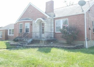 Foreclosed Home in Saint Louis 63125 BELLEWOOD DR - Property ID: 4300978382